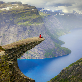 Скалното образувание в долината Скегедал, Норвегия.