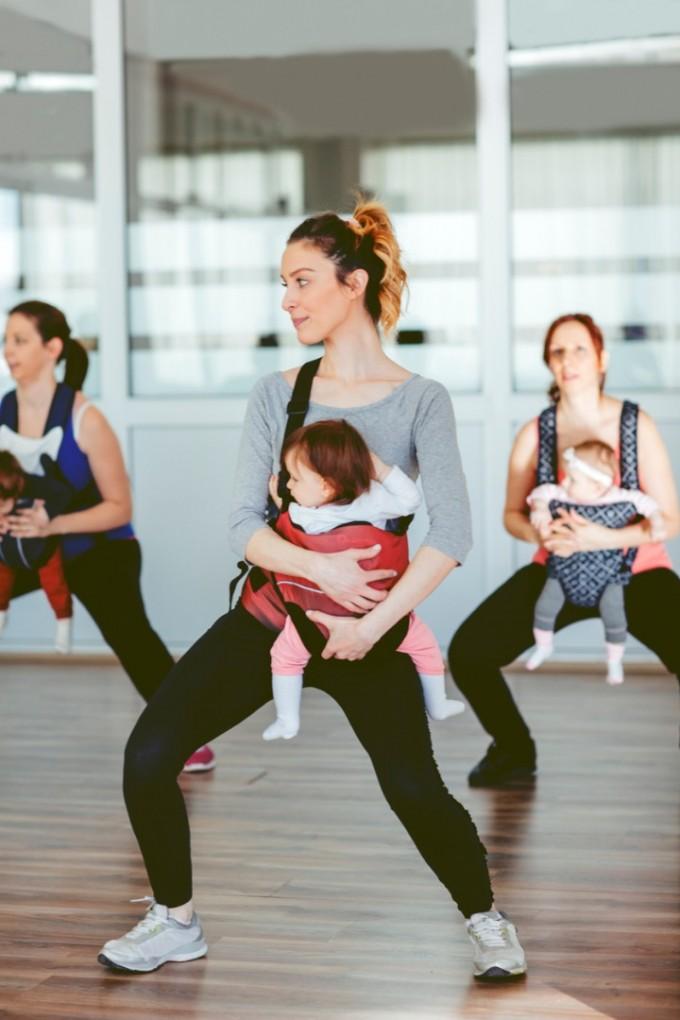 Танци с бебе в слинг