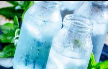 Как да заставим себе си да пием повече вода?