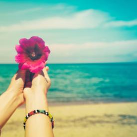 На какво ухае любовта през юни?