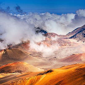 Вулканът Халеакала, по който можете да се спускате с колела