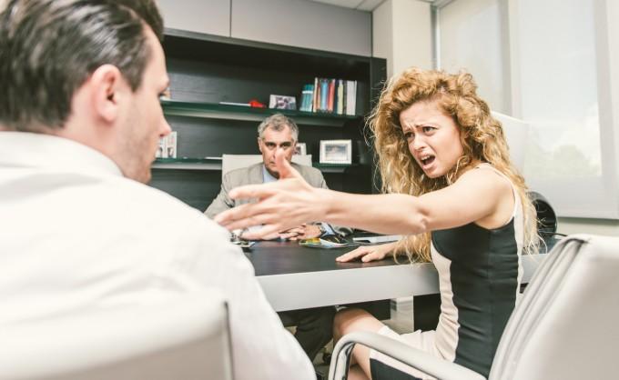 Гневът, който тези жени изпитват, е напълно разбираем.