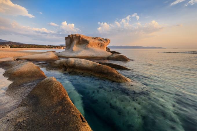 Плажът Йерисос-Какудия
