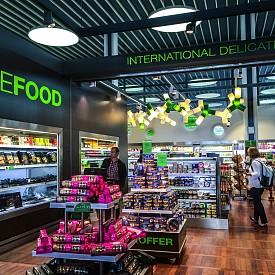 На летището в Копенхаген винаги можете да си купите прясна и здравословна храна.