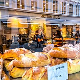 Тестените изделия в Дания са предимно безглутенови, а за направата им се използва главно типово брашно, семена, ядки и други здравословни зърнени култури.