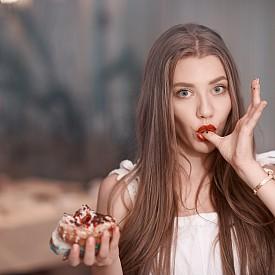 Защо ни се яде през час и как да се преборим с това?