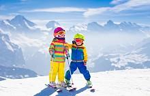 Хокей, ски: подобряват защитата срещу инфекциозни заболявания, развиват реакциите и координацията на движенията. Подобрява се работата на сърдечносъдовата и дихателната система. Препоръчителна възраст за старт: 10-12 години.