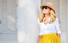 Синтезирането на витамин D в кожата е много по-силно при слънце.