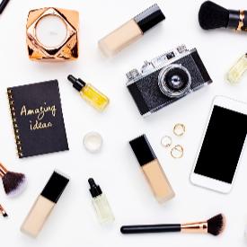 Любимите козметични продукти на ELLE-редакторите по света (+13 видеа със съвети)