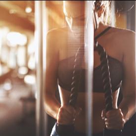 Супер резултати във фитнеса само в 3 дни седмично: тренировка за ръце и корем
