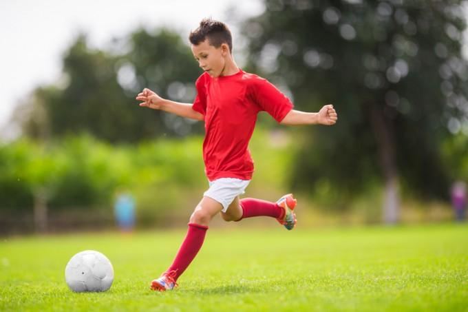 Футбол: развива точно око, координация, ловкост,...