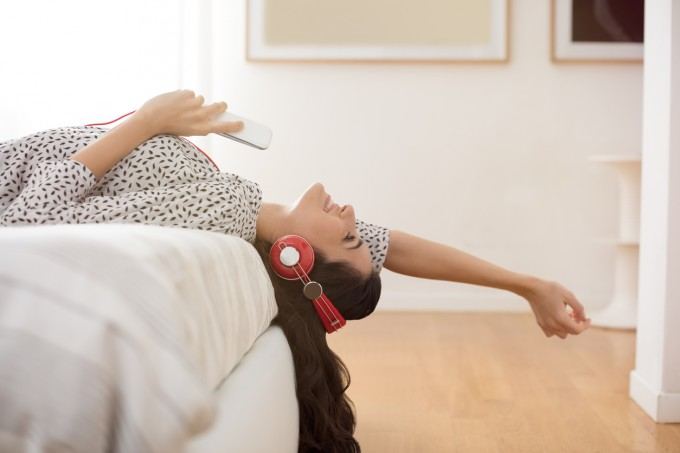 Аудио читателите са млади, технологични, образовани.