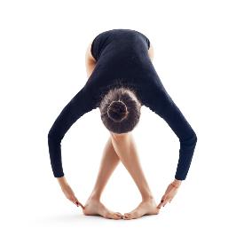 Взети са основите на упражненията от класическия балет.