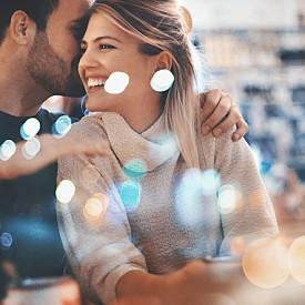 ЦИФРА 5: ПАРТИ! Вие сте двойка, която не обича да си стои у дома. Шумните партита отключват страстта и любовта ви. Зад числото 5 се крият характери, които обичат разнообразието и е добре да внимават любовта да не се превърне в навик.