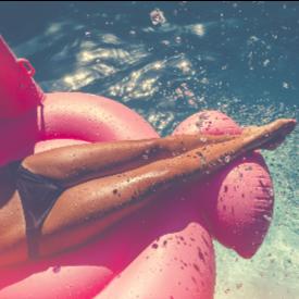 Лято и рискове край басейна