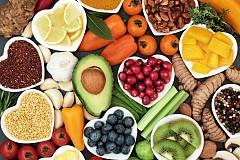 # 1. Само свежи и пресни продукти. / Полуфабрикатите с консерванти, подсладители и оцветители не се вписват в здравословното хранене.
