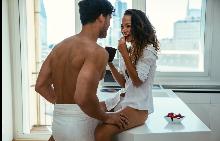 Сексът до 3 пъти седмично ви прави по-здрави.
