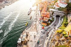 """Гледка към Рибейра от второто ниво на железния мост """"Дом Луиш I"""""""