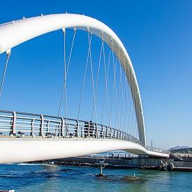 Пешеходен мост в Гангньонг