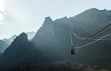 Лифт в национален парк Сораксан - една от най-красивите и най-високи планини тук.