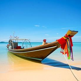 Класическа рибарска лодка в Ко Самуи