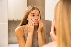 """Кожата ви казва: """"Чувствам се повехнала и отпусната"""" Превод: Колагенът в кожата ви намалява."""