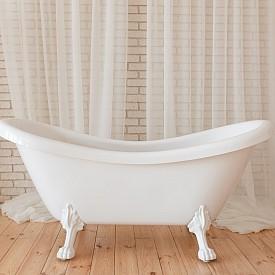 Няма с вода да пълним тази вана след години. Няма и да я изхвърлим. Ще я преобразим в кокетен малък диван. За целта предната част трябва да се изреже и да се добави мека текстилна подложка с подходящ размер. Декорирайте и с цветни възглавнички. Представяте ли си вече крайния резултат?