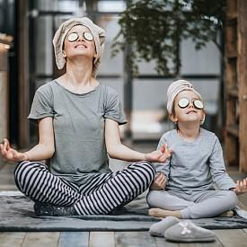 Релакс. Медитация, йога, техники на дишане... всички те помагат по свой начин да се противодейства на стреса.