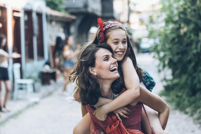 Кои родители възпитават силни и независими деца?