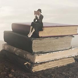 Книги, които ще ни накарат да се замислим над смисъла на същестуването ни