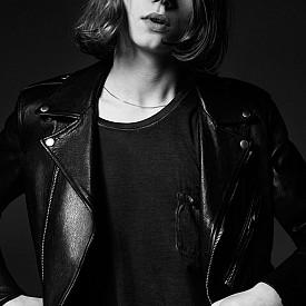 Джак Килмър - синът на актьора Вал Килмър, е на 19 години, когато за първи път застава пред професионалния обектив. Той е избран за кампанията на Saint Laurent.