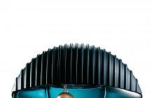 Kenzo World Eau De Parfum Intense на KENZO смесва жанрове, стилове и нотки по един изключително дързък и в същото време стилен начин. Kenzo World Eau De Parfum е основата, върху която марката стъпва, но с мощен акорд черна слива, комбиниран с интензивна ванилия и букет от цветя.