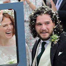 Кит Харингтън и Роуз Лесли от Игра на тронове се ожениха
