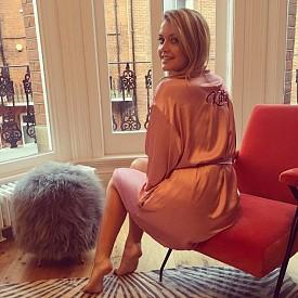 КИТИ СПЕНСЪР, ПЛЕМЕННИЦАТА НА ПРИНЦЕСА ДАЯНА / @kitty.spencer / Тя е една от най-желаните невести в Англия, която днес участва в ревюта, пише статии, пътува из целия свят, публикува своите модни визии в профила си и се наслаждава на живота.