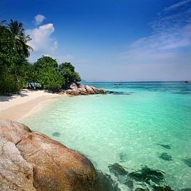 Ко Липе, Тайланд  Най-южният остров в Тайланд, който предлага всичко - от бамбукови колиби до луксозни хотели.