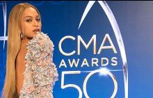 Beyoncé отново неотразима на CMA AWARDS 50