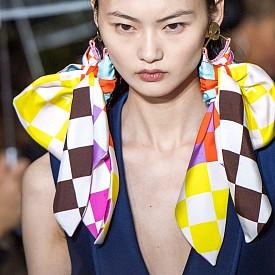 Асиметрията е главният тренд при Lanvin за пролет-лято 2020