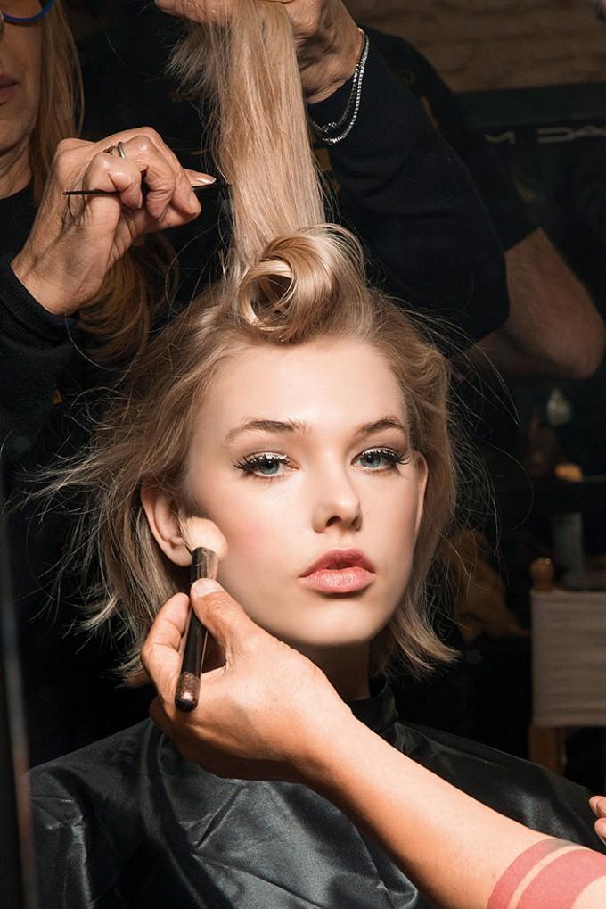 Знаете ли, че тези продукти за коса са създадени в бекстейджа?