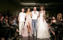 Светослав Колчагов (вляво) заедно с Емилио Барба и моделите от новата колекция на Седмицата на модата в Лондон