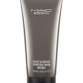 Маска с активен въглен от серията Mineraleze на M.A.C
