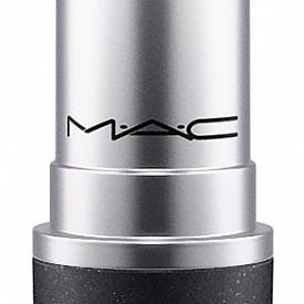 Червило от колекцията Nicki Minaj за M.A.C в приятен нюанс на капучино