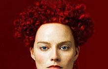 """Марго Роби като Елизабет I в """"Мери, кралицата на Шотландия"""""""