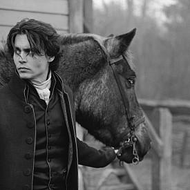 """Джони Деп на сета на """"Sleepy Hollow,"""" 1999"""