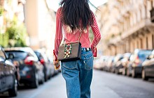 Чанта през рамо - street style маниер