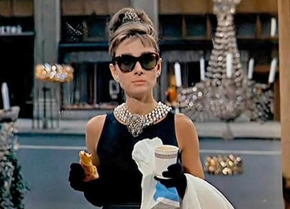 """Одри Хепбърн, """"Закуска в Тифани"""":  Тази рокля на Givenchy..."""