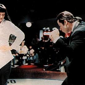 """Ума Търман, """"Криминале"""":  Бяла риза, черен панталон и прическа """"боб"""" - този феноменален стил се превърна в символ на минимализма в модата."""