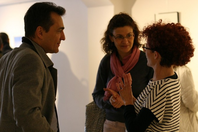 Негово превъзходителство  посланикът на Франция със съпругата си в  разговор с Валентина Шара