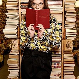 Нора е първата българка, изгряла на корицата на модната Библия Vogue и то два пъти. Била е на корица и на немската Grazia, румънския Elle и е снимала едиториали за списания като Io Donna, Flair magazine, Marie Claire, Cosmopolitan, италиaнската и английската Grazia. Предстои и да се дипломира и като юрист.