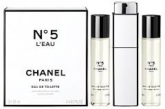 CHANEL N5 L'Eau спрей за чанта с два резервни пълнителя по 20 мл, 209 лв.