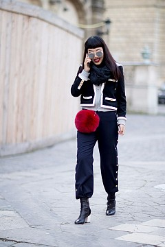 Да се разходим за последно по улиците на Париж